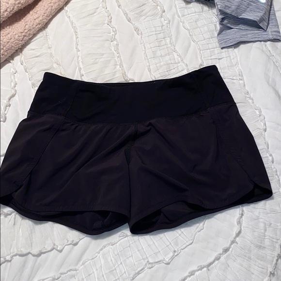 lulu tracker shorts